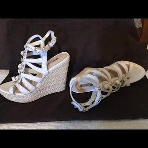 GUESS Onixx Caged Wedges
